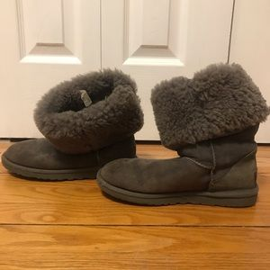 Tall Gray UGGs Size Six Women's